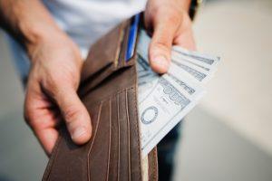عوامل موثر بر قیمت بیمه شخص ثالث کدامند؟
