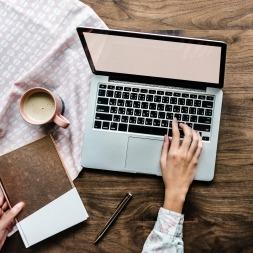 چرا خرید اینترنتی بیمه؟ | 3 مزیت خرید آنلاین به حضوری